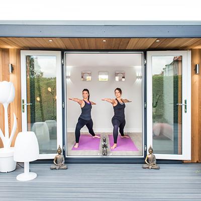 Yoga studio horto garden rooms for Garden yoga rooms
